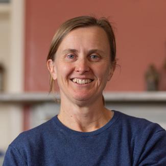 Dr Veronica Moule